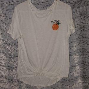 Scoop neck Tshirt